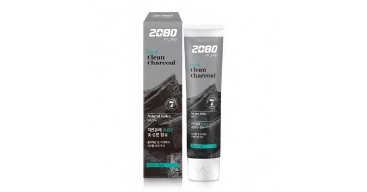 Купить Отбеливающая зубная паста с древесным углём Dental Clinic 2080 Black Clean Charcoal Toothpaste из Кореи в Иркутске | Цены, отзывы