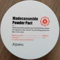Обзор: Компактная матирующая пудра с мадекассосидом A'PIEU Madecassoside Powder Pact
